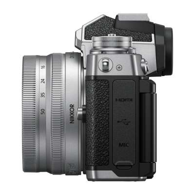 NIKON Z fc Kit ΜΕ DX 16-50mm f/3.5-6.3 VR (SL)