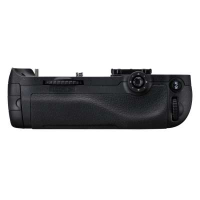 NIKON (S) MB-D12 Multi-Power Battery Pack for D800/D810